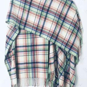 LAUREN RALPH LAUREN Plaid Wrap Sweater Shawl Wool